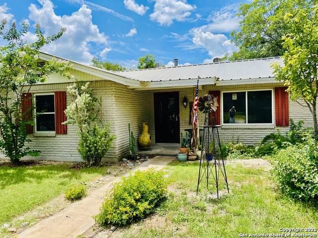 1101 Nancy Beth Dr, Kerrville, TX 78028 (MLS #1545330) :: Exquisite Properties, LLC