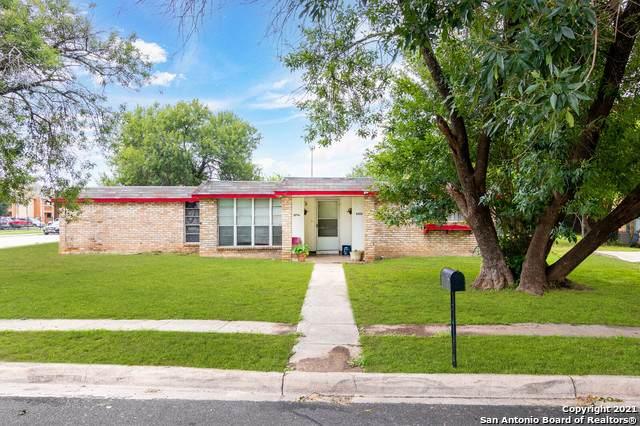 5735 Alnwick St, San Antonio, TX 78228 (MLS #1545423) :: The Gradiz Group