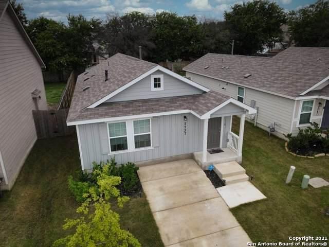 7727 Nopalitos Cove, San Antonio, TX 78239 (MLS #1545466) :: The Real Estate Jesus Team