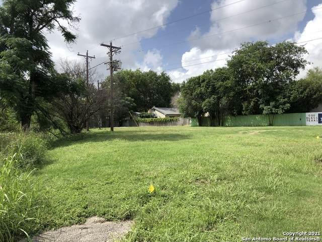 1106 Cherry St, Bandera, TX 78003 (MLS #1545586) :: Exquisite Properties, LLC