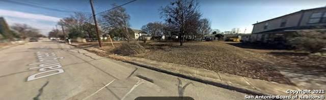 2622 Dahlgreen Ave, San Antonio, TX 78237 (#1545627) :: Zina & Co. Real Estate