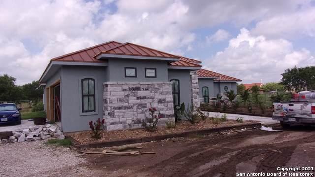 13125 Stuart Rd, San Antonio, TX 78263 (MLS #1545691) :: Real Estate by Design