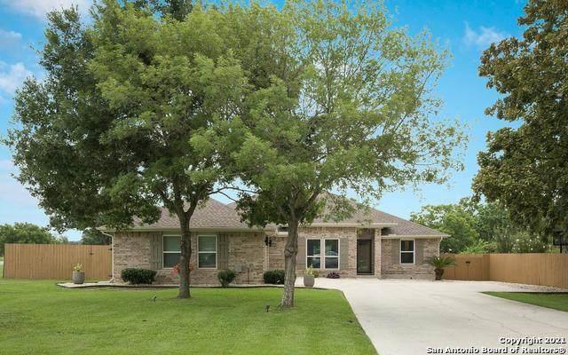 245 Red Fox Run, Seguin, TX 78155 (MLS #1545747) :: Exquisite Properties, LLC