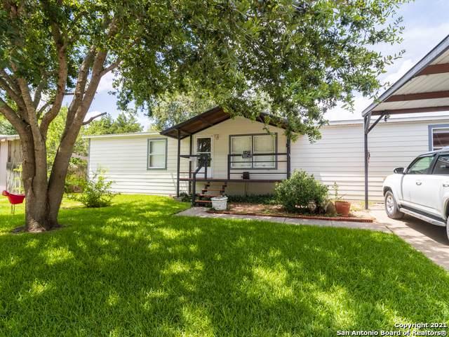 5431 Firestar Trail, San Antonio, TX 78222 (MLS #1545783) :: Alexis Weigand Real Estate Group
