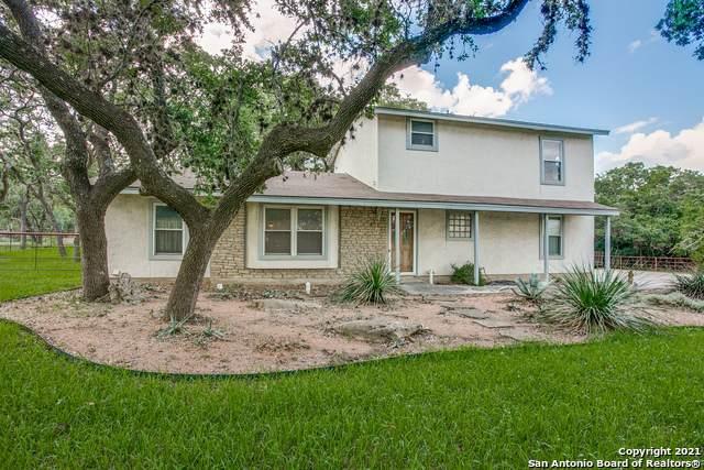 575 E Borgfeld Dr, San Antonio, TX 78260 (MLS #1545959) :: The Gradiz Group