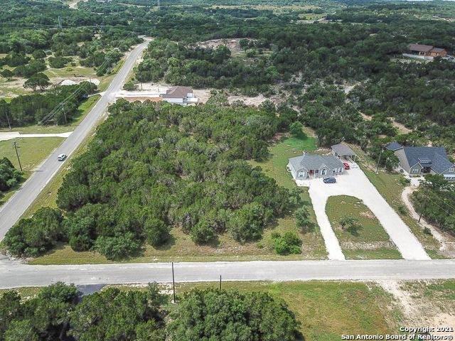 405 Eagle Ln, Fischer, TX 78623 (MLS #1545983) :: The Lopez Group
