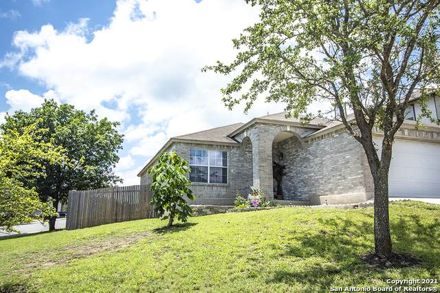 6803 Knights Haven, Live Oak, TX 78233 (MLS #1546091) :: The Real Estate Jesus Team