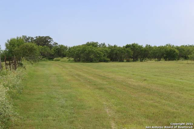 238 E Ditto Rd, Poteet, TX 78065 (MLS #1546191) :: The Lopez Group