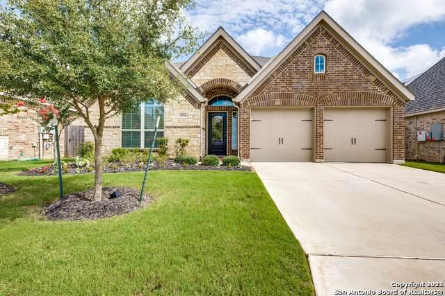 2004 Glen Hollow, Seguin, TX 78155 (MLS #1546249) :: The Rise Property Group