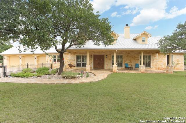 131 River Bluff Dr, Boerne, TX 78006 (MLS #1546278) :: The Lopez Group