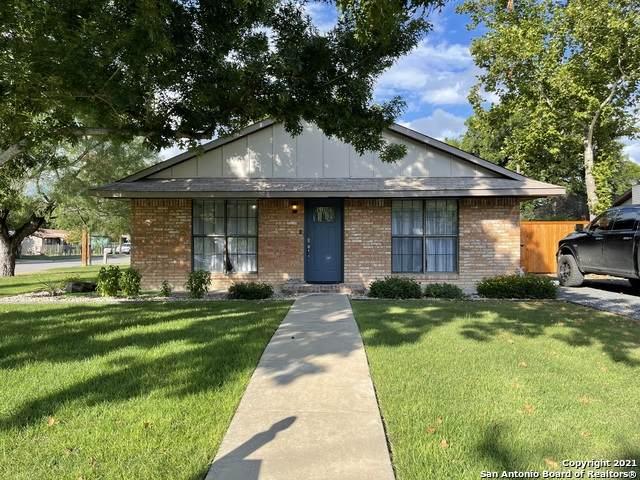470 N Crisp St, Uvalde, TX 78801 (MLS #1546297) :: The Curtis Team