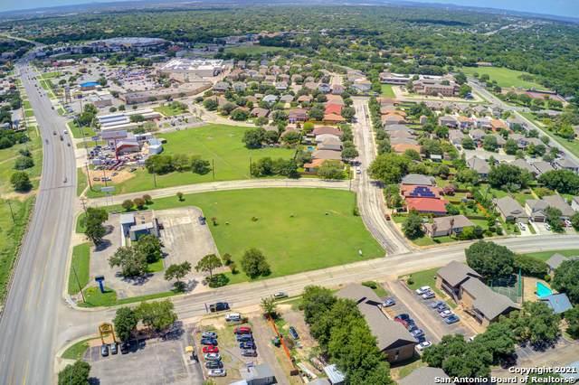 5142 Northtrail Dr, San Antonio, TX 78250 (MLS #1546309) :: Texas Premier Realty