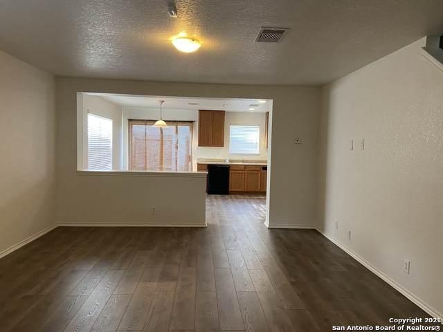 155 Arrow Oaks, San Antonio, TX 78249 (MLS #1546367) :: The Castillo Group