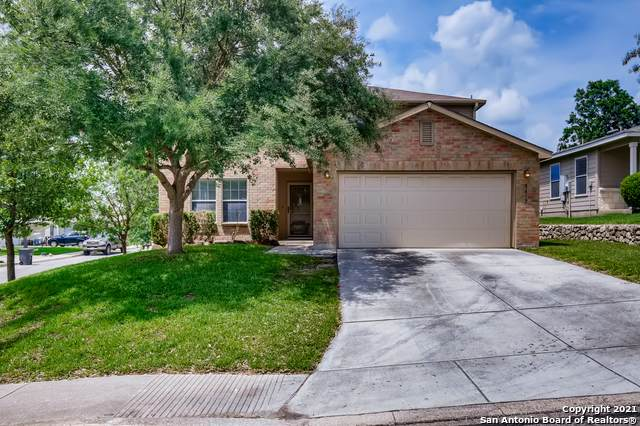 8419 Parkdale Cove, San Antonio, TX 78249 (MLS #1546439) :: Countdown Realty Team