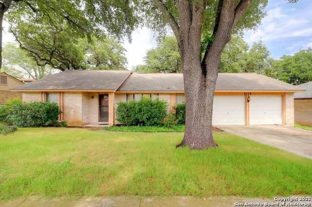 6559 Falls Church St, San Antonio, TX 78247 (MLS #1546625) :: Beth Ann Falcon Real Estate