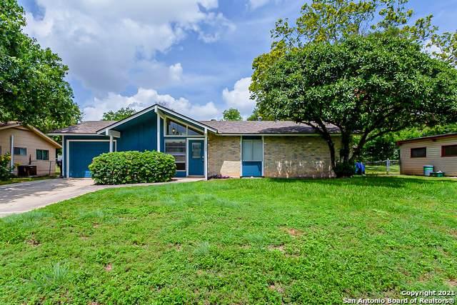 227 Shin Oak Dr, Live Oak, TX 78233 (MLS #1546715) :: Exquisite Properties, LLC