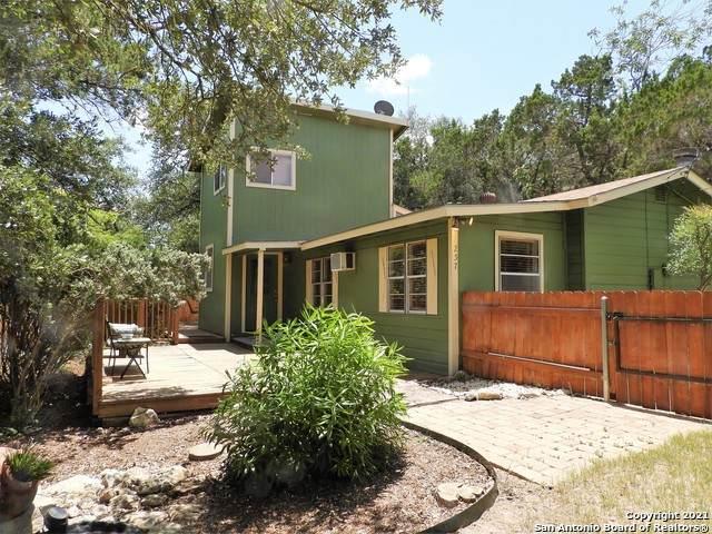 257 Black Bass Rd, Lakehills, TX 78063 (MLS #1546764) :: Texas Premier Realty