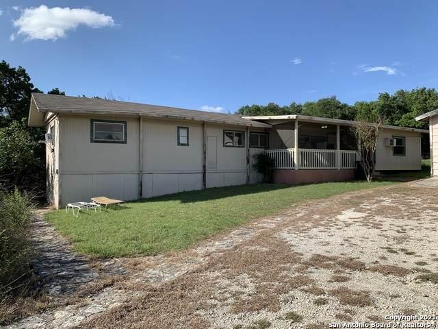 1119 Rotherman, Canyon Lake, TX 78133 (MLS #1546801) :: The Gradiz Group