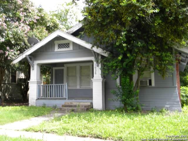 1028 W Kings Hwy, San Antonio, TX 78201 (MLS #1546870) :: Carolina Garcia Real Estate Group