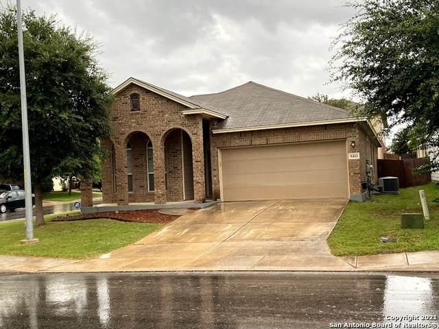 9403 Red Stable Rd, San Antonio, TX 78254 (MLS #1546881) :: Neal & Neal Team