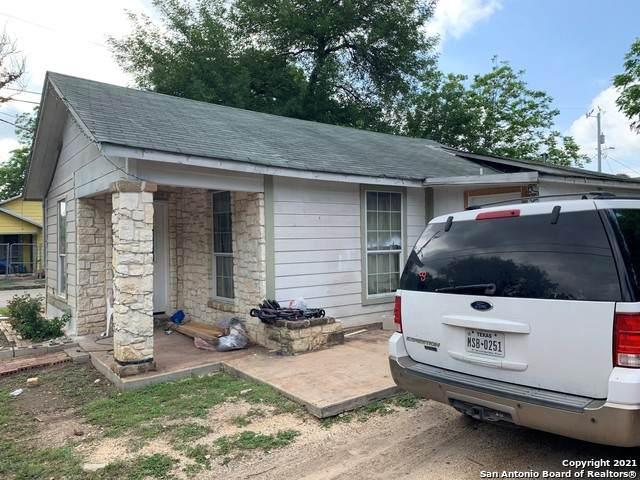 772 4TH ST, Seguin, TX 78155 (MLS #1546884) :: Exquisite Properties, LLC