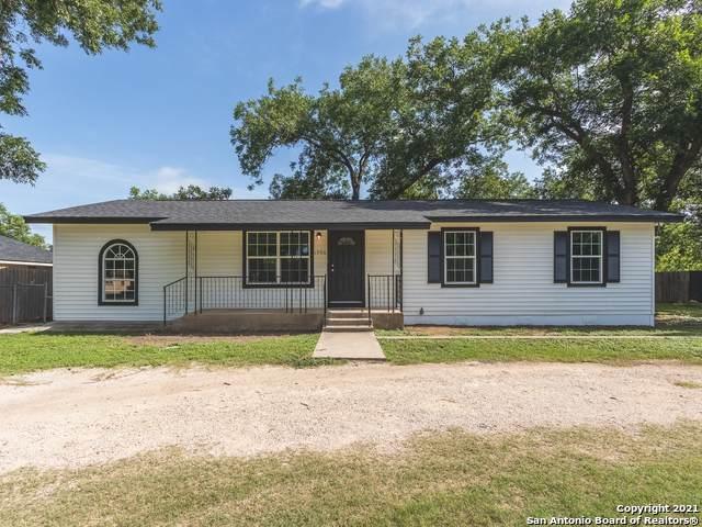 1906 22ND ST, Hondo, TX 78861 (#1546887) :: Zina & Co. Real Estate