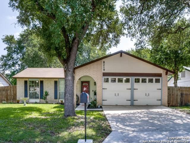 8219 Meadow Swan St, San Antonio, TX 78251 (MLS #1546914) :: Carolina Garcia Real Estate Group