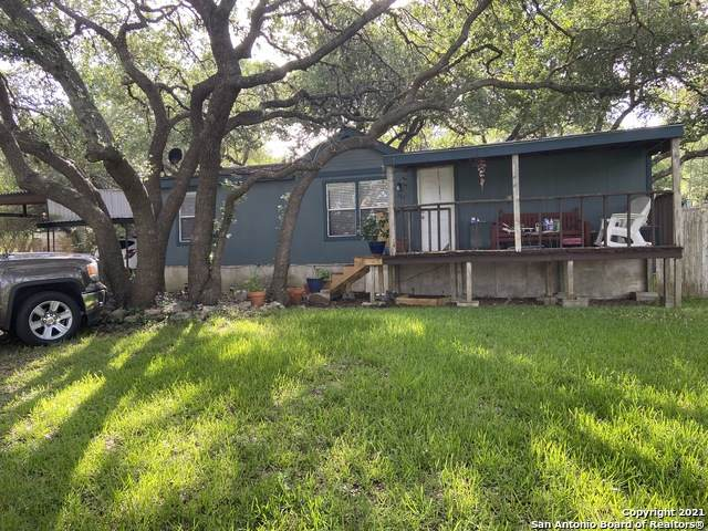 267 Farhills Dr, Spring Branch, TX 78070 (MLS #1546979) :: Carter Fine Homes - Keller Williams Heritage