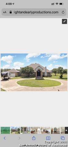 222 Shamrock Dr, Floresville, TX 78114 (MLS #1547080) :: The Mullen Group | RE/MAX Access