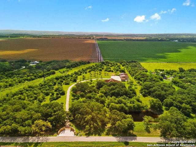 452 County Road 366, Hondo, TX 78861 (MLS #1547116) :: The Mullen Group | RE/MAX Access
