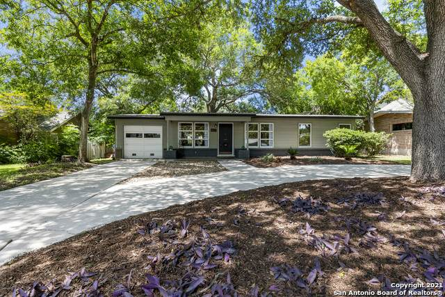 427 Brightwood Pl, San Antonio, TX 78209 (MLS #1547117) :: The Glover Homes & Land Group