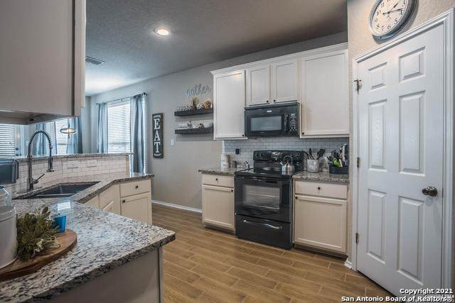 12211 Harris Hawk, San Antonio, TX 78253 (MLS #1547140) :: The Glover Homes & Land Group
