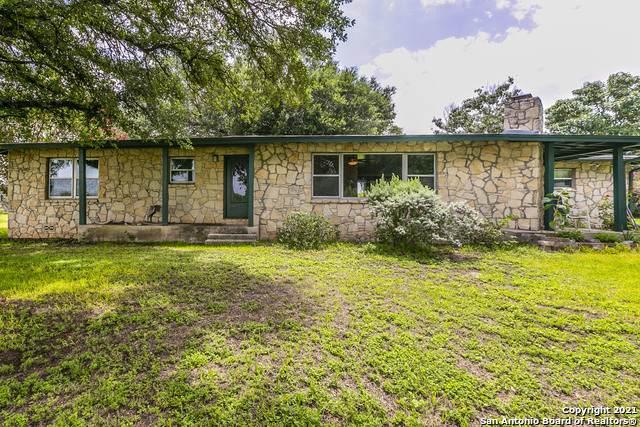 12416 Kenagy Rd, Atascosa, TX 78002 (MLS #1547176) :: Carter Fine Homes - Keller Williams Heritage