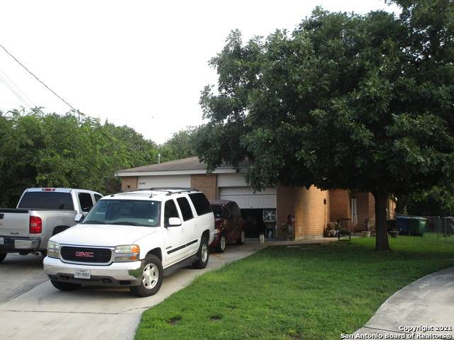 12243 Maverick Bluff St, San Antonio, TX 78247 (MLS #1547266) :: JP & Associates Realtors