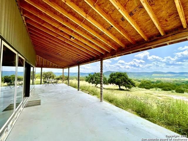 288 Rocky Creek Rd, Medina, TX 78055 (MLS #1547315) :: The Glover Homes & Land Group