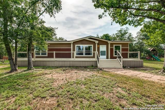 1540 Broad Oak Dr, Bandera, TX 78003 (MLS #1547373) :: The Real Estate Jesus Team