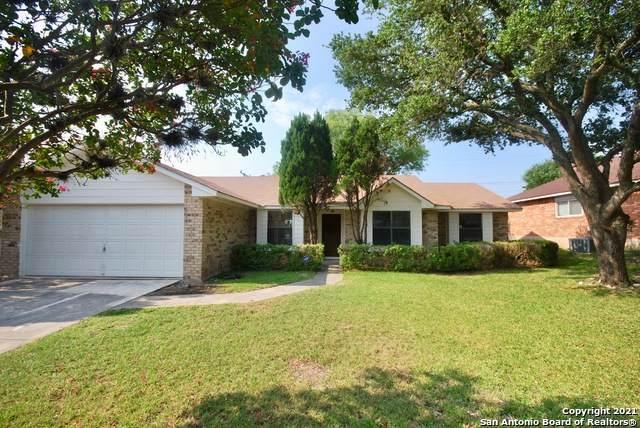 7910 Rugged Ridge St, San Antonio, TX 78254 (MLS #1547390) :: Vivid Realty
