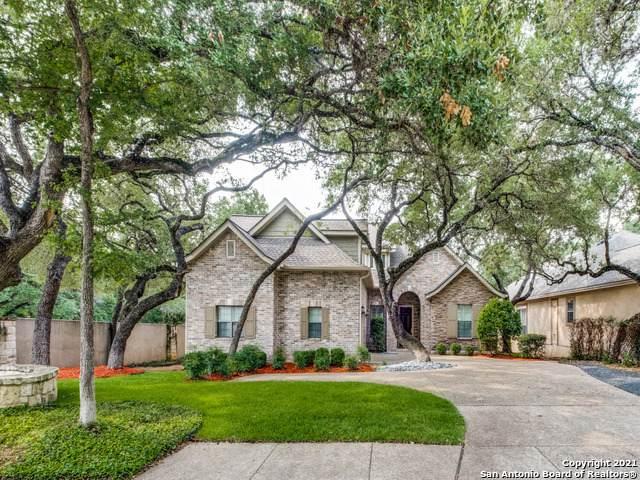 2 W Oaks Ct, Castle Hills, TX 78213 (MLS #1547448) :: Exquisite Properties, LLC