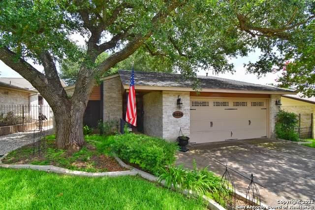 4334 Putting Green, San Antonio, TX 78217 (MLS #1547489) :: Vivid Realty