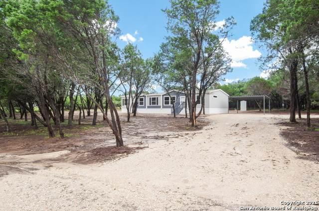 122 Northlake Dr, Lakehills, TX 78063 (MLS #1547496) :: The Lopez Group