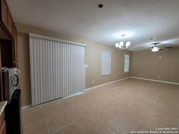 6903 Neston Dr, San Antonio, TX 78239 (MLS #1547557) :: The Real Estate Jesus Team