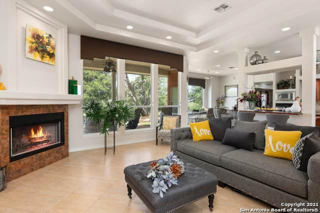 222 Broken Arrow, Floresville, TX 78114 (#1547593) :: Zina & Co. Real Estate