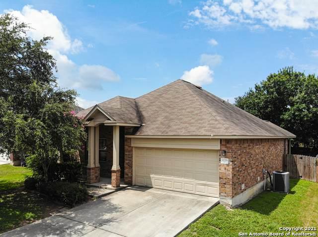 2038 Belvedere Ct, New Braunfels, TX 78130 (MLS #1547594) :: Carolina Garcia Real Estate Group