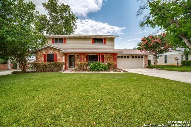 202 Granada Dr, Universal City, TX 78148 (MLS #1547608) :: The Real Estate Jesus Team
