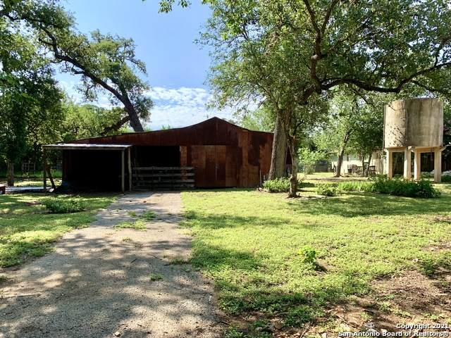 606 14th St, Bandera, TX 78003 (MLS #1547660) :: The Lopez Group