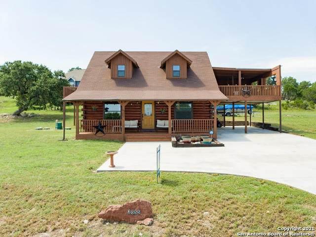 2055 Cottonwood Rd, Fischer, TX 78623 (MLS #1547667) :: The Lopez Group