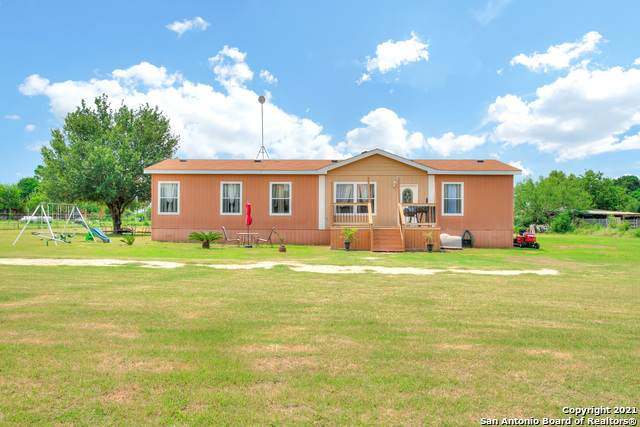 14725 Ladd Rd, Atascosa, TX 78002 (MLS #1547683) :: Carter Fine Homes - Keller Williams Heritage