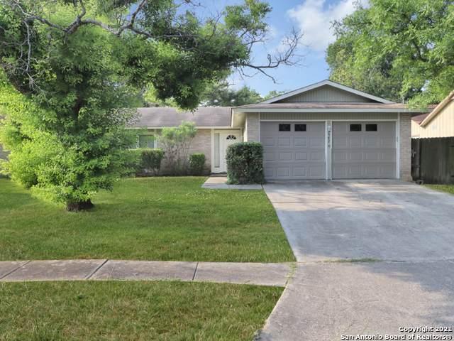 5942 Oak Run, San Antonio, TX 78247 (MLS #1547795) :: The Lopez Group