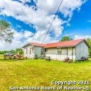 920 E Chavaneaux Rd, San Antonio, TX 78221 (MLS #1547804) :: Exquisite Properties, LLC