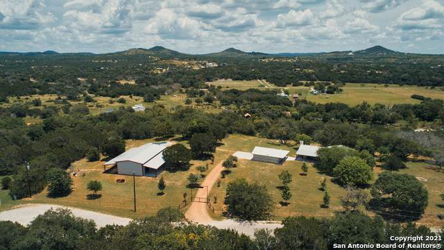 1460 Live Oak Ridge, Bandera, TX 78003 (MLS #1547814) :: The Lopez Group